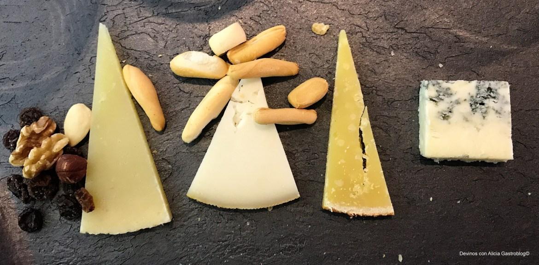 Qata de quesos en una acción de Con Q de Quesos. Copyright: www.devinosconalicia.com