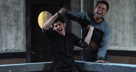 Guns, machetes and martial arts: The Raid (review)
