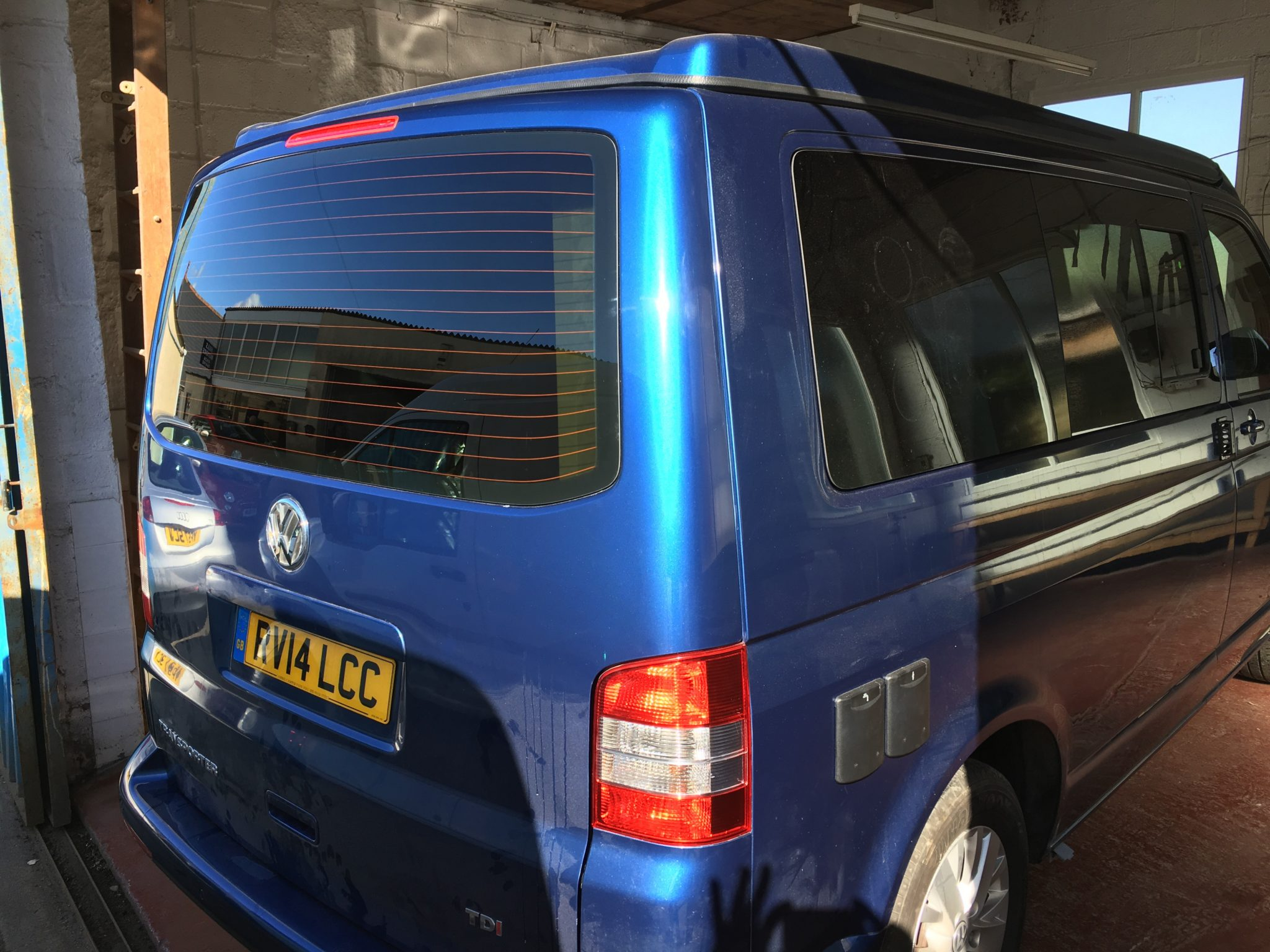 VW Caravelle Rear Window Tint