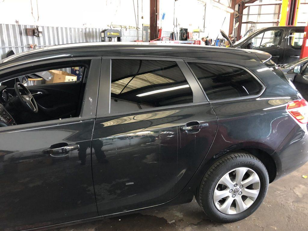 Vauxhall Astra Estate Window Tint