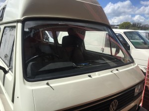 VW T25 Windscreen