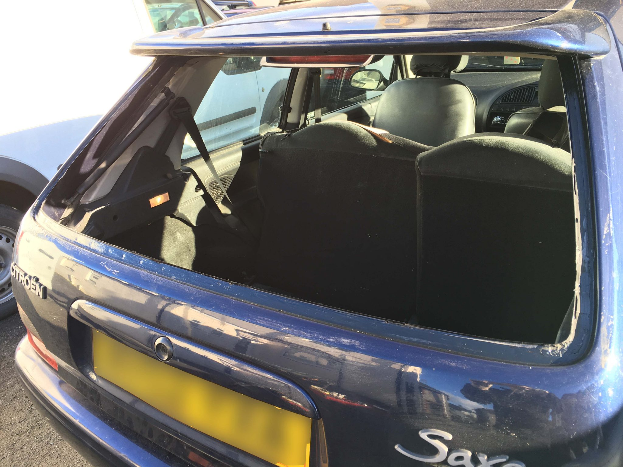 Citreon Saxo Rear Window