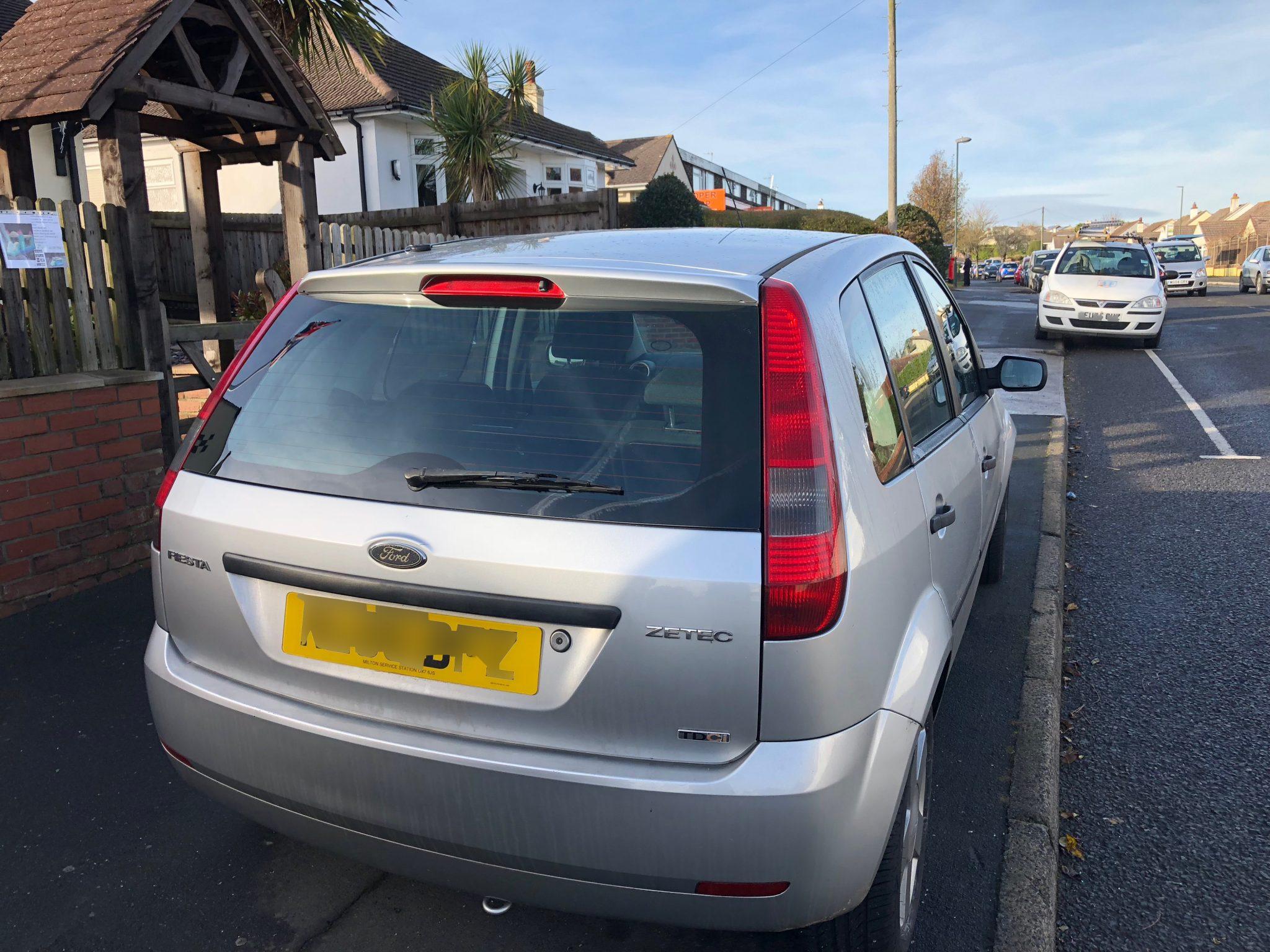Ford Fiesta Smashed Rear Windscreen