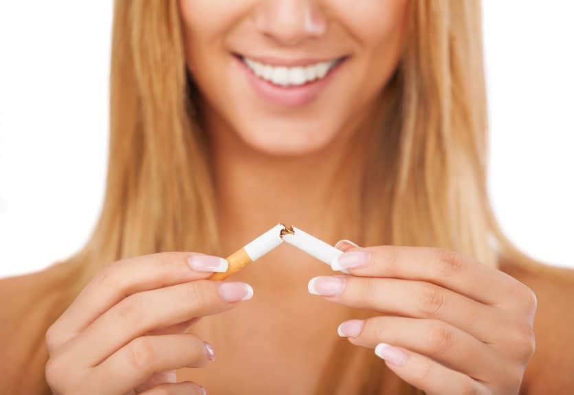 cum afectează fumatul implanturile dentare