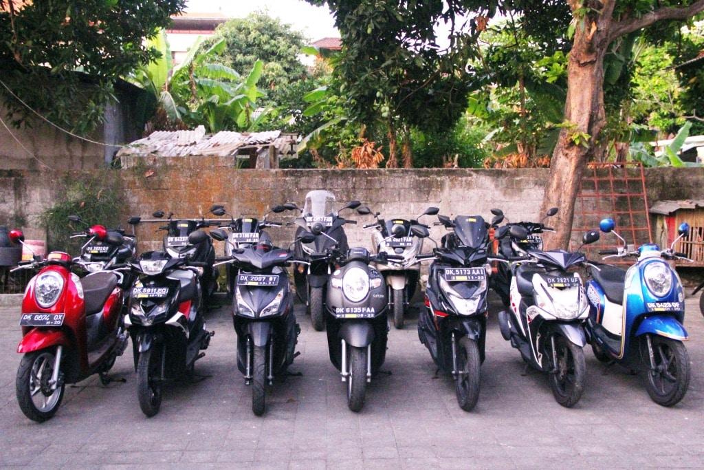 Unit rental motor kuta