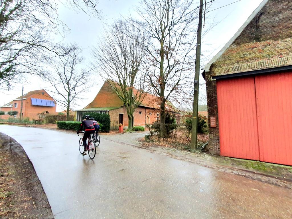 wandeling Leest Cruininghemhof - boerderij die teruggaat tot in de 18de eeuw.