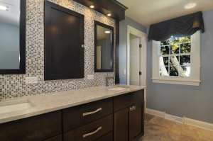 Bathroom Kingston Valance