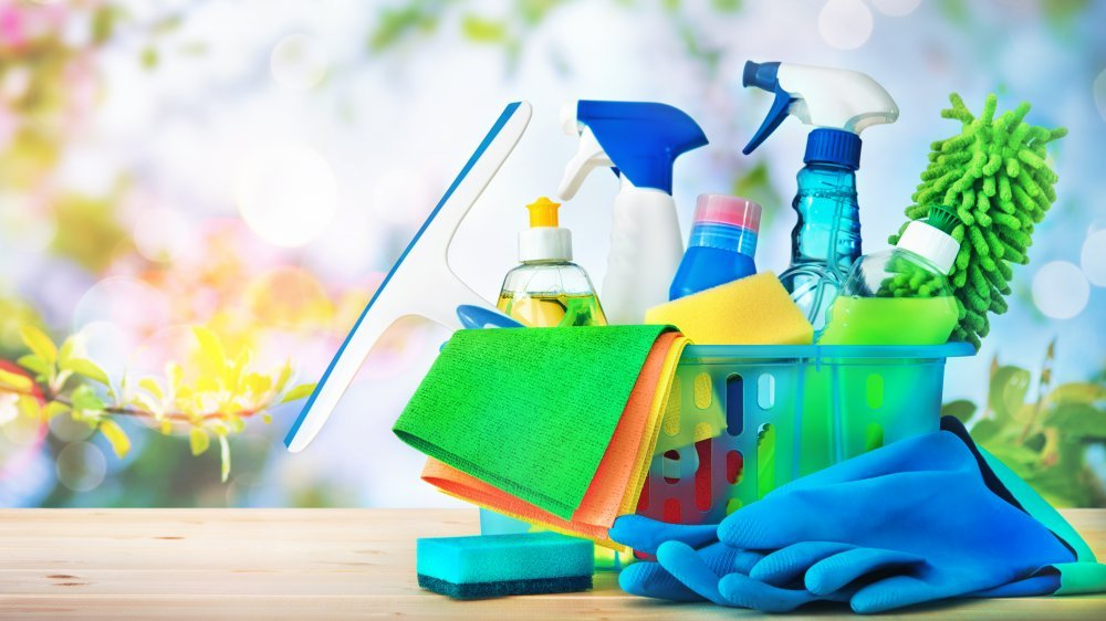 How to Ship Household Cleaners From China