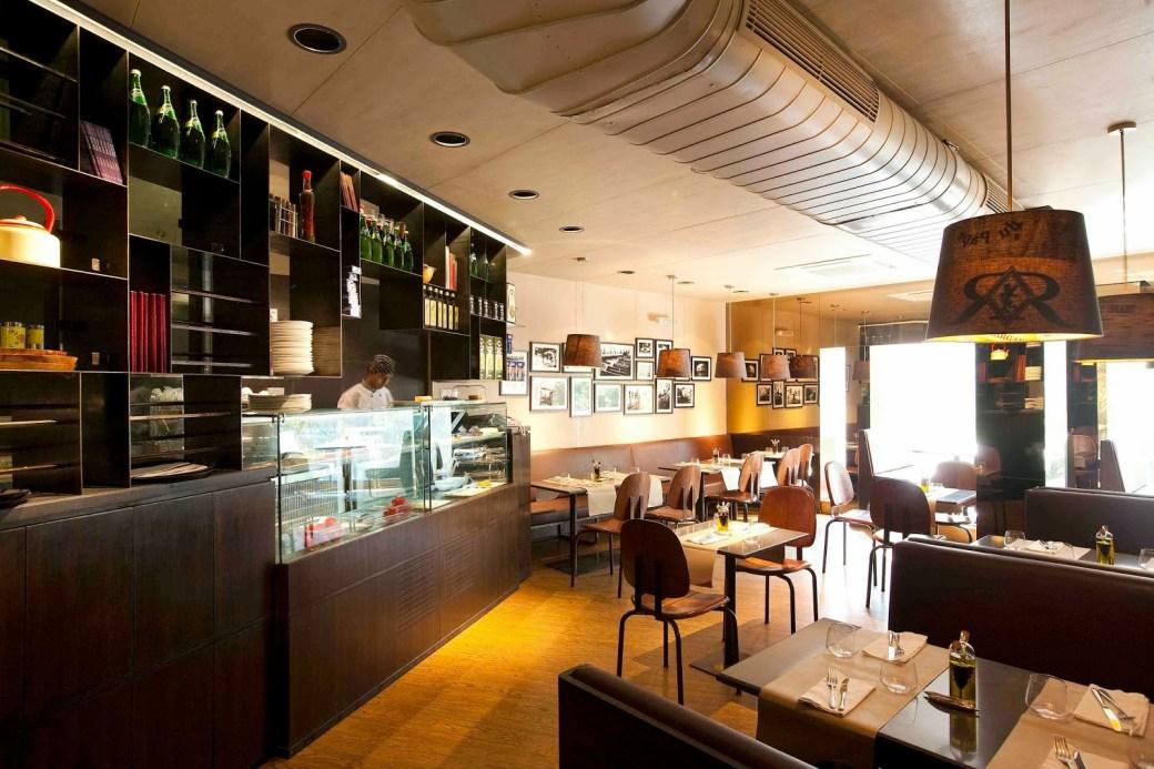 Cafes of GK-M Block Market