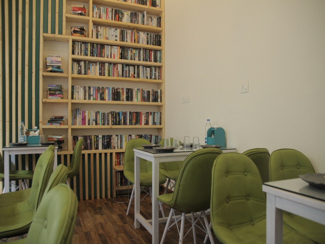 This Place In South Delhi Is India's First Cafe That Gives A Free Book For Every Meal!