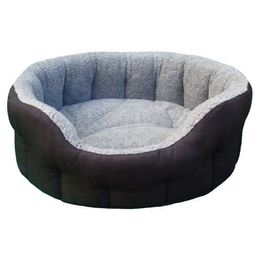 P Amp L Oval Softee Fleece Lined Dog Bed Durable Uk Made