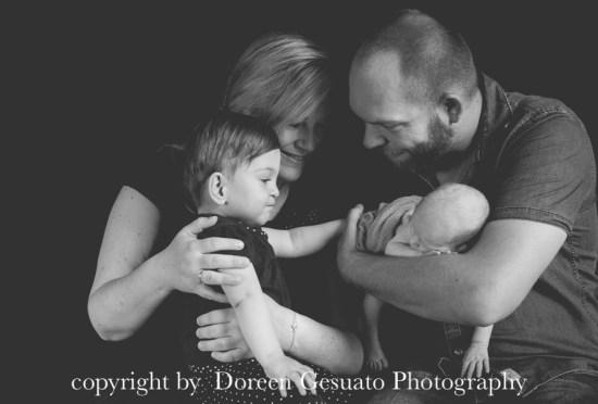 So entspannt – Doreen Gesuato – Fotografin für Neugeborene rund um Wertheim