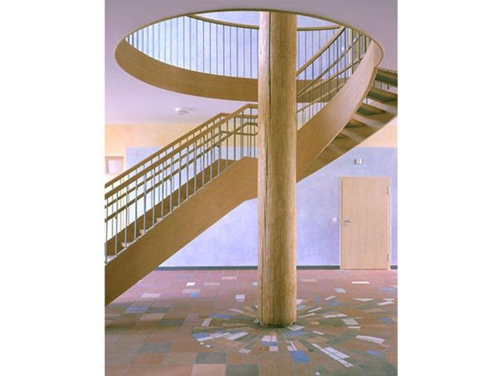 Waldorf KIGA Treppe