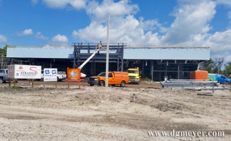 Progress pictures of New Smyrna Chevrolet's new building.