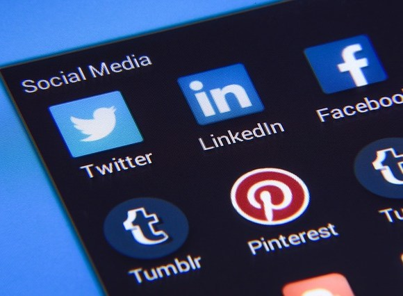 Good brands do social media marketing but great brands create value for their market through social media marketing.