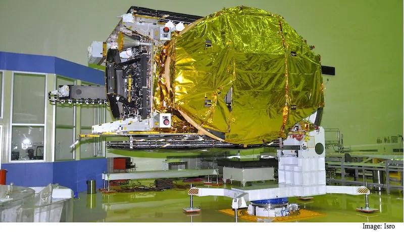 इसरो ने किया संचार उपग्रह जीसैट-18 का सफल प्रक्षेपण