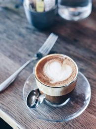Almond milk latte at Cafe No Sé