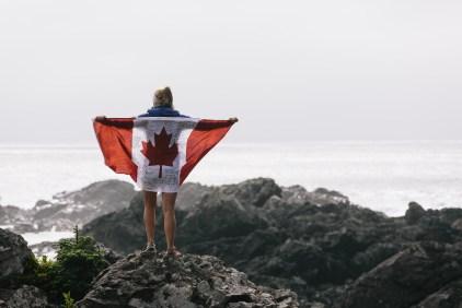 Friederike mit Kanada-Fahne