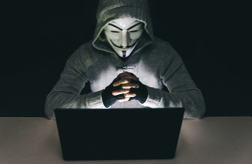 Anonymous Liars On the Internet