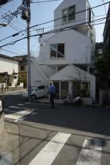 Tokyo Apt 01