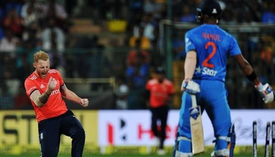 இறுதிப் போட்டியில் பாகிஸ்தானுடன் மோதுகிறது இந்தியா