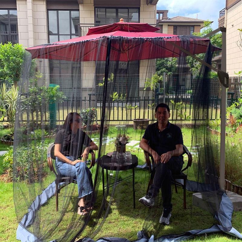 outdoor circular patio umbrella