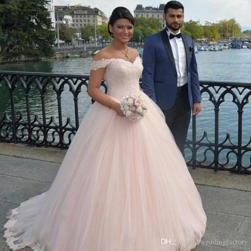 2017 Stunning Blush Pink Princess Wedding Dresses Beaded Lace     2017 Stunning Blush Pink Princess Wedding Dresses Beaded Lace Appliques  Sweetheart Off The Shoulder Puffy Tulle Custom Made Bridal Gowns Weding  Dresses Best