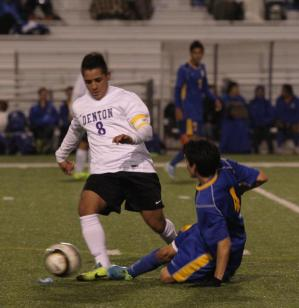 Broncos finish non-district play with 3-0 flogging of Frisco