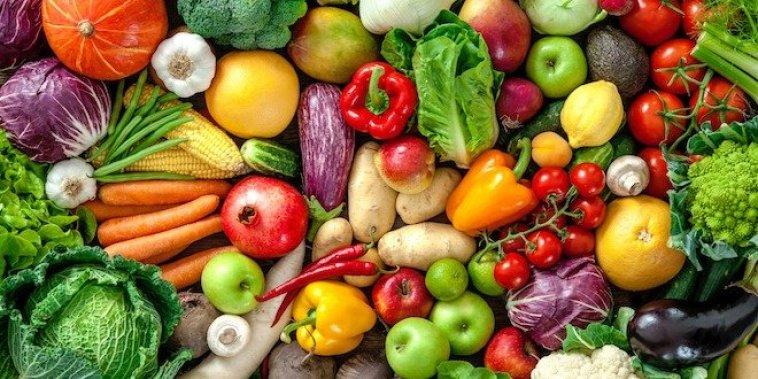 Come muchas frutas y verduras
