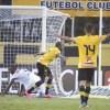 Com o resultado, o São Bernardo assumiu a liderança do Grupo B. Foto: Antonio Cícero;FramePhoto/Folhapress