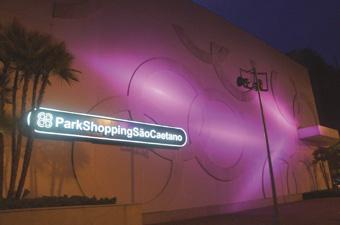 Park Shopping São Caetano ganhou nova cor para apoiar à prevenção ao câncer de mama. Foto: Divulgação