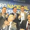 Auricchio, Maranhão, Morando e Serra acompanham discurso de Aécio durante evento. Foto: Divulgação