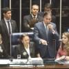 Senadoras passaram o dia na mesa diretora, impedindo que Eunício iniciasse a votação da reforma. Foto: Antonio Cruz/Agência Brasil