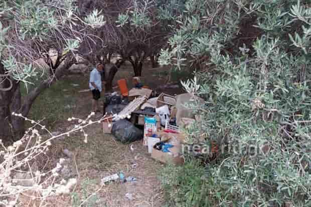 Άνεργη μητέρα στην Κρήτη ζει και κοιμάται σε χωράφι! Δεν υπάρχει καμιά ΜΚΟ ΓΙΑ ΕΛΛΗΝΕΣ!!