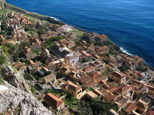 anapnoes.gr : big monemvasia Τα 11 πιο όμορφα ελληνικά χωριά. Αντέχετε τόσο ομορφιά;