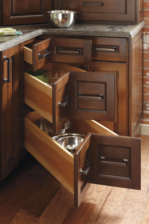 Three Drawer Corner Cabinet Diamond Cabinetry