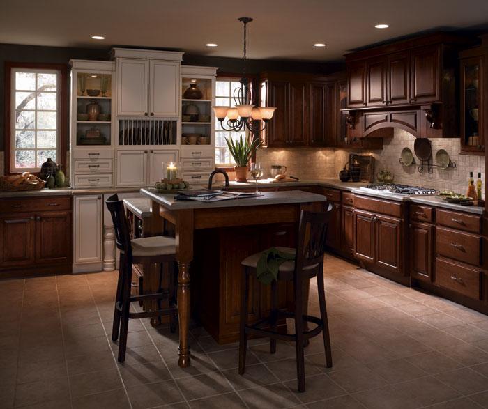 Cherry Wood Kitchen Cabinets With Laminate Diamond