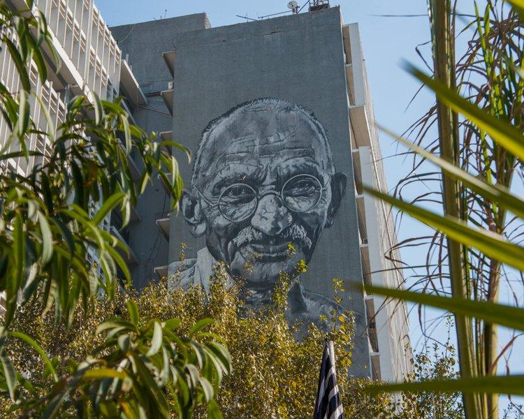 What to see in Delhi: Mural Gandhi