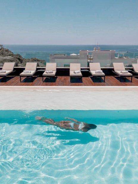 Ибица - один из самых популярных и посещаемых островов Средиземноморья. Откройте для себя все лучшее, что можно сделать на Ибице с этим руководством. #ibiza #spain #travelblog #travel #bestofibiza #travelguide Путеводитель по Ибице Путеводитель по Ибице Aguas de Ibiza