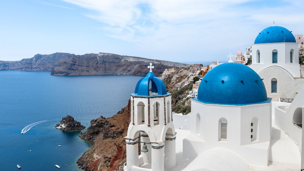 11 Reasons Why Greece Should Be Your Next Vacation
