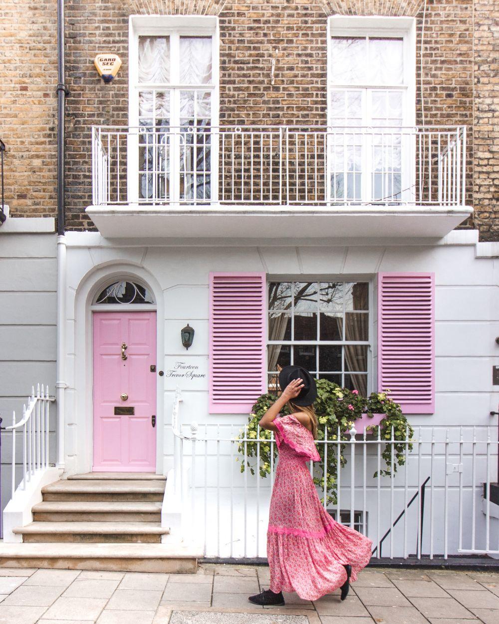Knightsbridge Instagram spots