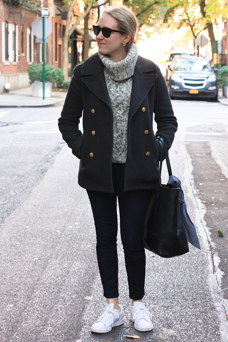 Fashion blogger Diana Pearl of Pearl Girl shares a J.Crew peacoat and Forever 21 Turtleneck sweater