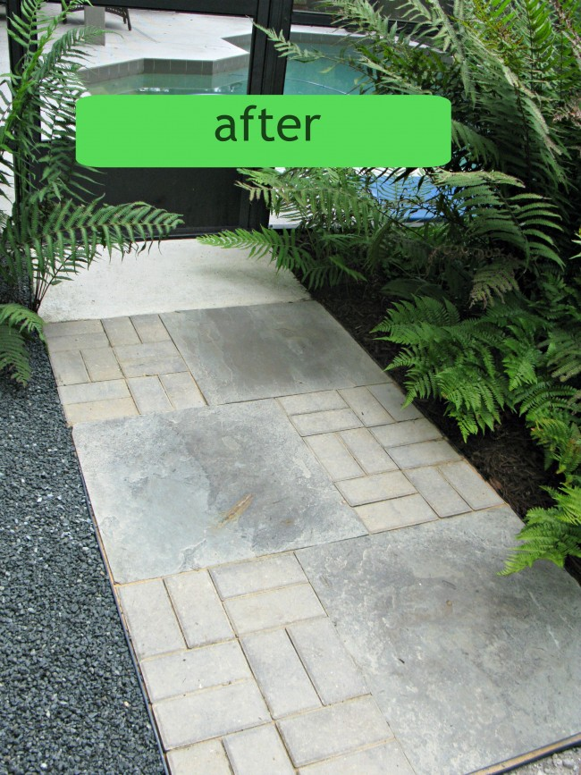 5 tips for installing a paver walkway diane and dean for Edging to keep mulch off sidewalk