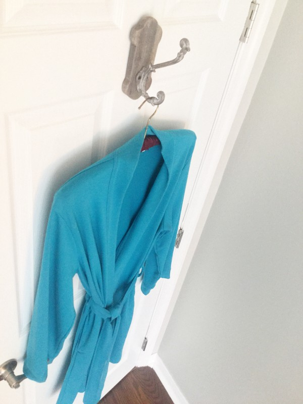 Coastal coat hanger