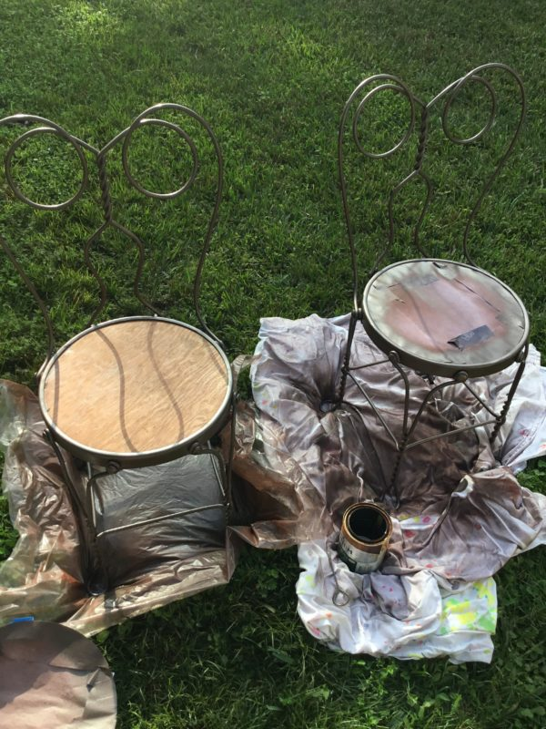 how-to-paint-rusty-iron-furniture