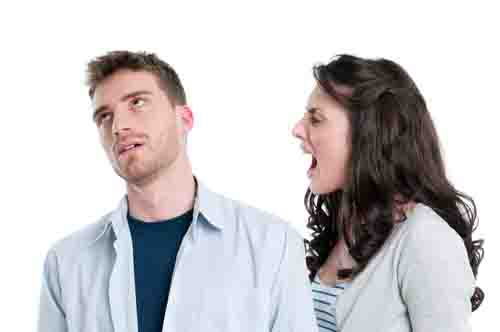 dealing with anger in your relationship yelling or keeping quiet