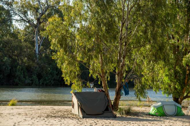 Camping along the Murray River - at Murray Sunset National Park