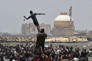 Protesters near the Kudankulam nuclear power project in Tamil Nadu. Photo: Reuters