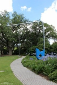 The Safety Pin at the Sculpture Garden