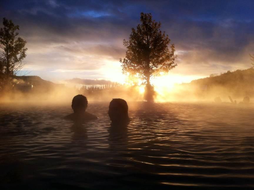 [img] Secret Lagoon Golden Circle in Iceland